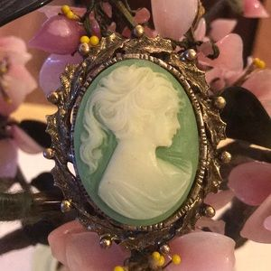 Vintage engraved lucite cameo pendent